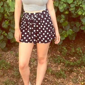 Pants - Polka dot shorts